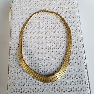 Jewelry - Vintage Gold Choker Style Necklace